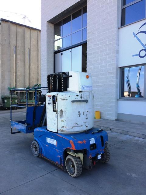piattaforma aerea elettrica usatta pellegrino busca noleggio vendita carrelli jungheinrich ausa fuoristrada telescopici