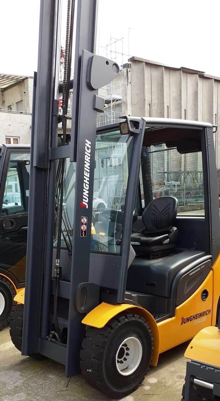 carrello elevatore diesel usato 20 quintali 25 quintali nuovo forche ricondizionato